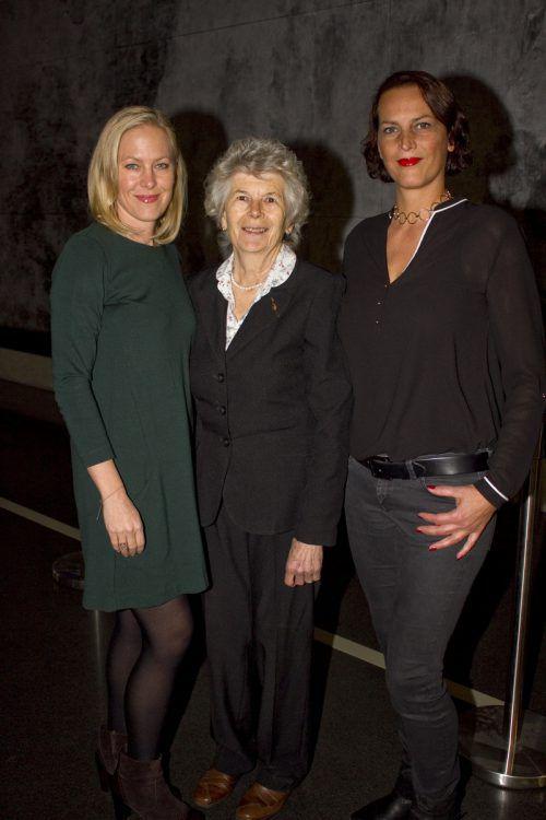 Jasmin (l.) und Gudrun Bösch kamen mit Wiltrud Schneider zum Event.