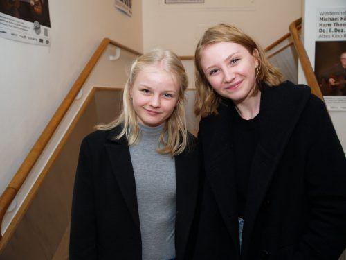 Junge Gäste: Sophie und Lara Pretz.