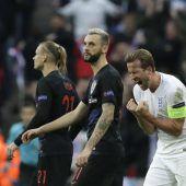 England gewinnt die Gruppe 4