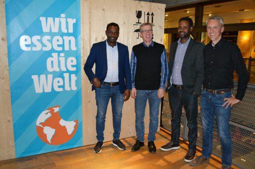 Landwirtschaftsexperten Teshome Gari und Jima Gobena mit Harald Grabher und Martin Hagleitner-Huber von der Caritas Auslandshilfe. Caritas