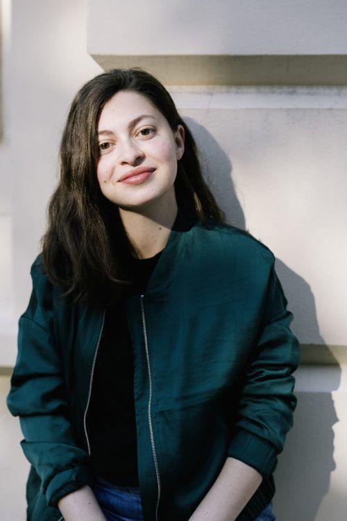 Luna Al-Mousli kommt zu den Kinder- und Jugendliteraturtagen im Feldkircher Saumarkttheater. TAs/golnar-schmid