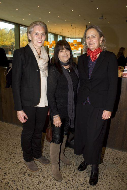 Martina Mätzler (l.), Marlis Jenny-Bruggmüller und Barbara Motter.