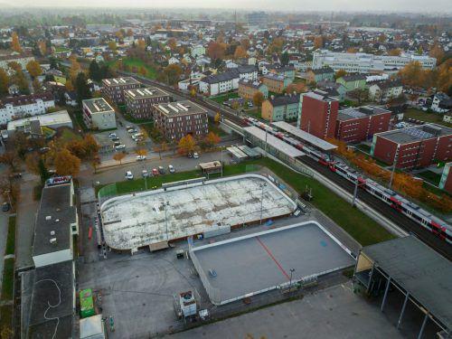 Mit dem Betrieb des Eislaufplatzes in der Arena Höchsterstraße ist jetzt endgültig Schluss.Vn/Paulitsch