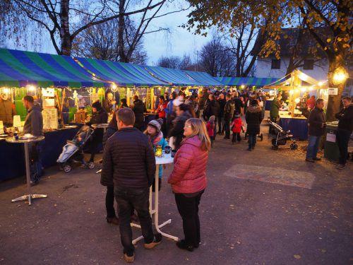 """Mit dem """"Bsundriga Markt"""" startet in Brederis die vorweihnachtliche Zeit. EGLE"""