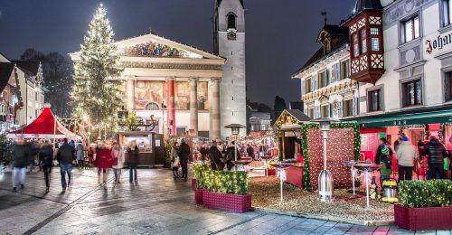 Mit dem Start des Dornbirner Christkindlemarkts verwandelt sich die Dornbirner Innenstadt in ein weihnachtliches Paradies für Groß und Klein.Petra Rainer/Bodensee Vorarlberg Tourismus
