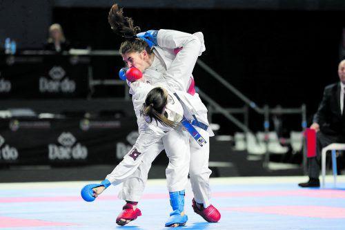 Mit einem lehrbuchmäßig vorgetragenen Uramawashi Geri, einem Beintreffer zum Kopf der Gegnerin, holte sich Bettina Plank bei der Karate-WM in Madrid so wie 2016 die Bronzemedaille im Kumite bis 50 kg. ÖKB/Ewald Roth
