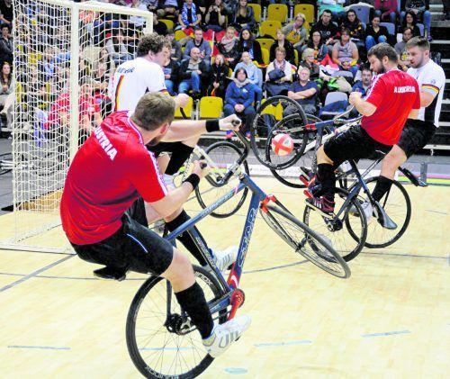 Mit Gold im Radball verhinderten Patrick Schnetzer und Markus Bröll den totalen Triumph von Deutschland bei der Hallenrad-WM in Belgien.Lubetz