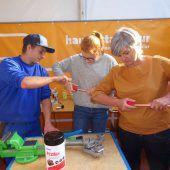 Bei der Lets Work testeten Wälder Jugendliche die Berufe