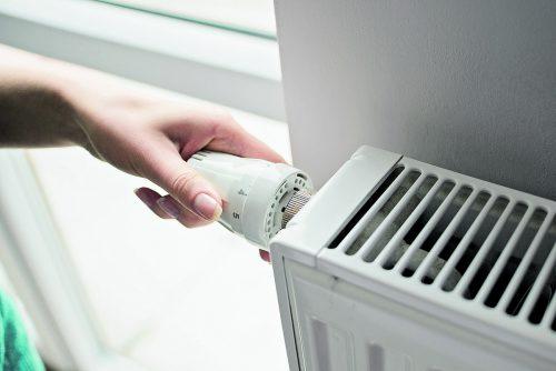 Nach Absprache mit dem Vermieter kann eine Thermostatnachrüstung geprüft werden.foto: Shutterstock