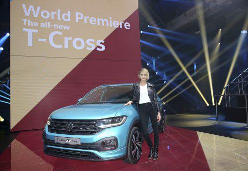 Neuer Subkompakt-Crossover VW T-Cross attraktiv in Szene gesetzt vom britischen Topmodel Cara Delevigne.werk