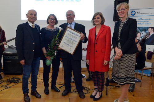 Obmann Georg Pötscher, Gertrude und Gotthard Wachter (Ehrenobmann), LR Barbara Schöbi-Fink, Dir. Claudia Vögel.