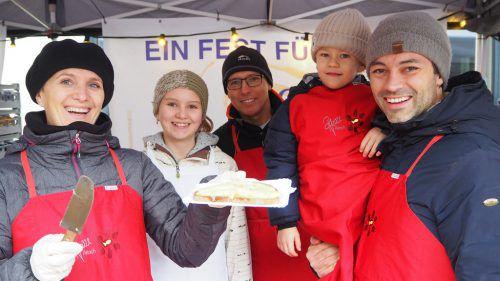 Raclettebrot gehört zu jedem Weihnachtsmarkt und natürlich gab es das auch am Krömlemarkt. egle