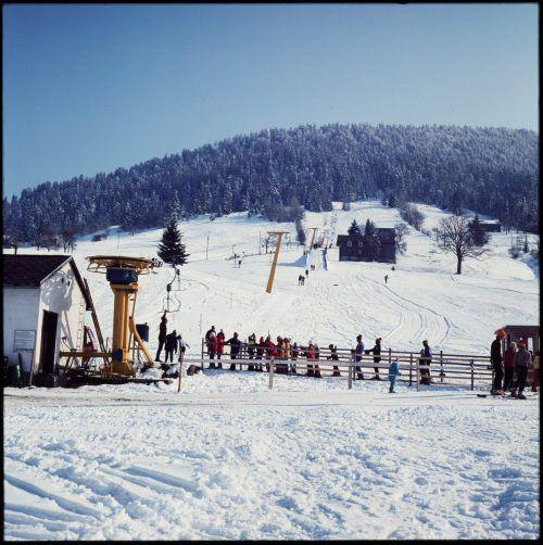 Skifahren in Alberschwende im Jahr 1974.