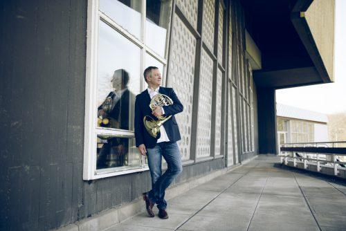 Stefan Dohr, einer der besten Hornisten unserer Zeit, wird das Symphonieorchester Vorarlberg dieses Wochenende als Solist unterstützen.simon Pauly