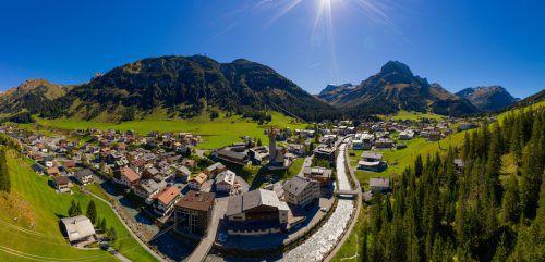 Urlaubsdomizile am Arlberg bleiben heiß begehrt und beschäftigen weiter Anwälte und Gerichtshöfe.VN/Stiplovsek