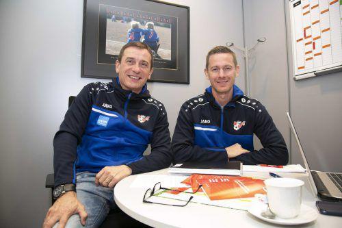 VFV-Sportdirektor Andreas Kopf (l.) mit Neuzugang Oliver Mattle. vfv
