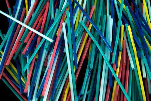 Ab Anfang 2021 sollen Strohhalme aus Plastik innerhalb des Unionsgebietes der Vergangenheit angehören.AFP