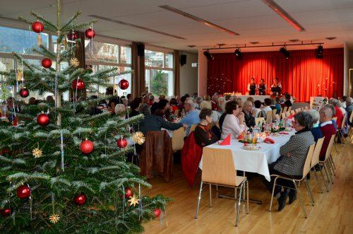 Adventfeier der Schwarzacher Senioren im Gemeindesaal. sb Schwarzach