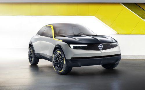 Als GM 2017 bei opel den Stecker zog, stellte sich die Frage, wie es mit den Elektro-Ambitionen der Marke weitergeht. Jetzt zeigt sich: Opel steigt bereits 2019 in eine E-Offensive ein, die in kurzer Zeit in mehreren Segmenten Teilzeit- und Vollblut-Stromer hervorbringen soll. Bis 2024 wollen die Rüsselsheimer dann in allen Baureihen elektrische Varianten anbieten.