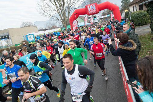 Am Sonntag verwandelt der traditionelle Silvesterlauf Vorarlbergs Fußball-Hauptstadt Altach für einmal in das heimische Laufmekka.VN/Stiplovsek