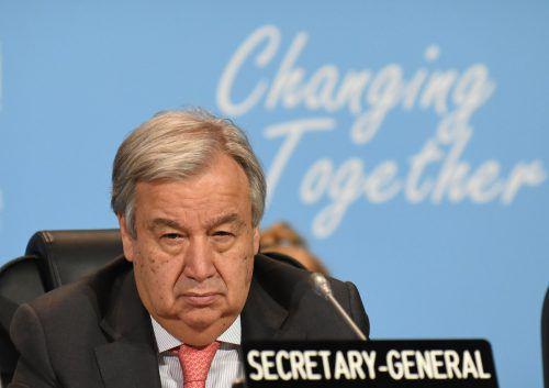 Antonio Guterres möchte Gegner des Migrationspakts umstimmen. afp
