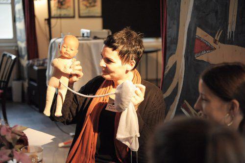 Beim Erzählcafé standen Schwangerschaft und Geburt im Mittelpunkt.