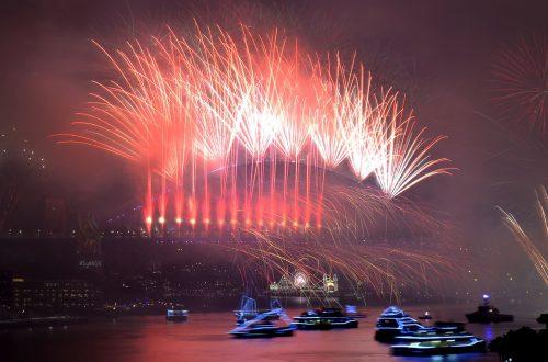 Bis das Jahr 2019 in allen Zeitzonen angekommen ist, dauert es ganze 26 Stunden. Eines der ersten Länder, das den Jahreswechsel feiert, ist Australien. AFP
