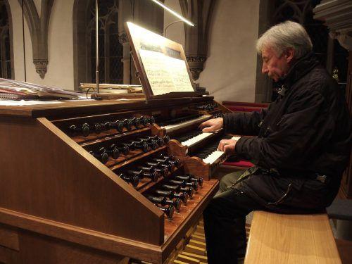 Prof. Bruno Oberhammer wird die Orgel am Sonntag zum Klingen bringen. Jurmann
