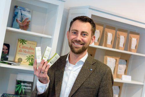 Der studierte Biologe Daniel Feurstein gründete sein Unternehmen im Oktober 2017. VN