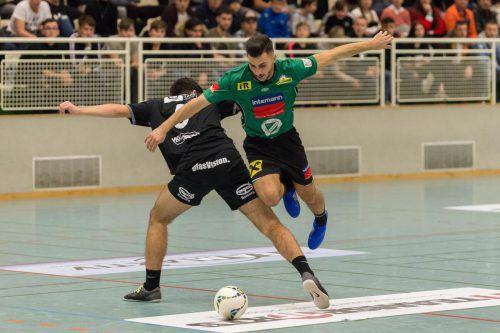Das Duell zwischen Grupensieger Lauterach (in Grün) und den Juniors des Dornbirner SV endete 3:1.VN/Stiplovsek