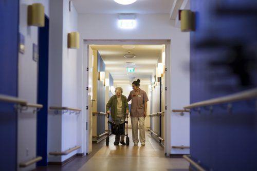 Das Pflegepersonal brauche Karriereperspektiven, sagt Connexia-Geschäftsführer Hebenstreit. Der Mobile Hilfsdienst hofft auf Anstellungen. RTS