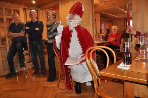 Der Nikolaus besuchte die Egger und Großdorfer Senioren. sb egg-grossdorf