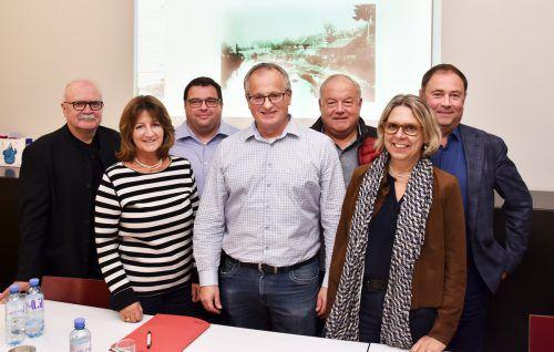 Der Vorstand des Dorfgeschichtevereins Fußach mit Obmann Friedrich Schneider (Mitte). ajk