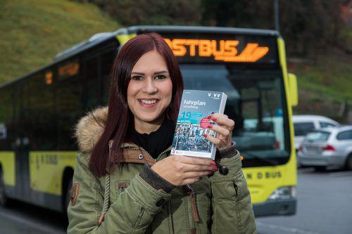 Die Abstimmung zwischen Bus und Bahn wird mit dem neuen Fahrplan optimiert. Was sich ändert, ist im Kursbuch nachzulesen. VN/Steurer