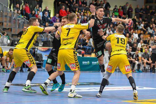 Die Bregenzer Handballer stemmten sich mit Erfolg gegen den drohenden Gang in die Abstiegsrunde und qualifizierten sich mit dem 22:16-Heimsieg gegen Graz für die Meisterrunde. GEPA
