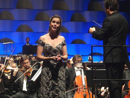 Die deutsche Sopranistin Mojca Erdmann brillierte.