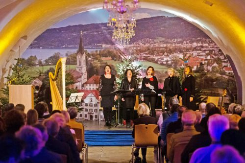 """Die """"Laguzzen"""" bei ihrem Benefizkonzert zugunsten der Roma-Kinder in der Initiative """"Elijah"""" von P. Sporschill. Matthias Dietrich"""