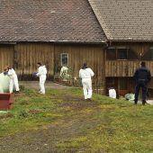 Fahndungserfolg der Polizei: Verdächtige nach Raub in Alberschwende gefasst. B1