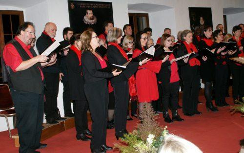 Eine musikalische Reise unternahmen die Gäste im Rittersaal mit dem Chor Nibelungenhort.pe