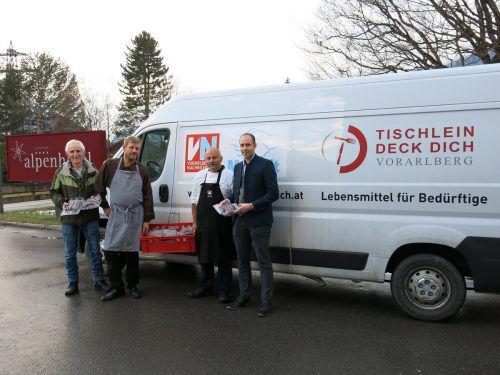 Elmar Stüttler (l.) mit Stefan Krüger, Julian Gonzalez und Sebastian Reininger.STR