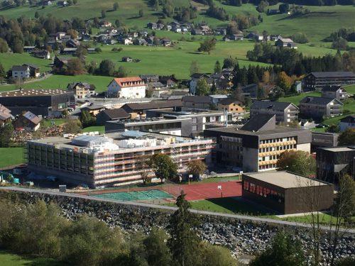 Es ist das größte Infrastruktur-Projekt, das jemals in Egg umgesetzt wurde: der Neubau der Sprengel-Mittelschule der Gemeinden Egg, Andelsbuch und Schwarzenberg. Gemeinde