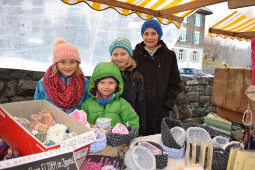 Als Familie im Einsatz: Petra Schneider mit ihren Kindern.
