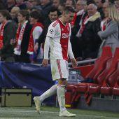 FC Bayern jubelt nach Fußballkrimi