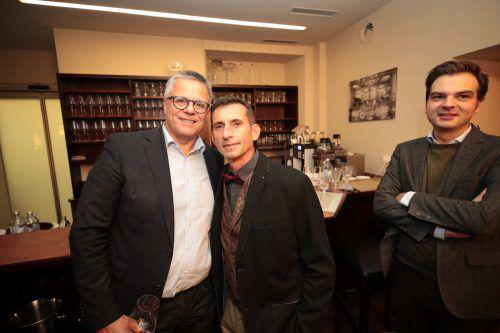 Gratulanten: Roland Frühstück (l.) und Alexander Peer.