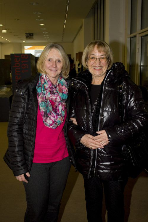 Gratulantinnen Monika Mörth (l.) und Marlene Winsauer.