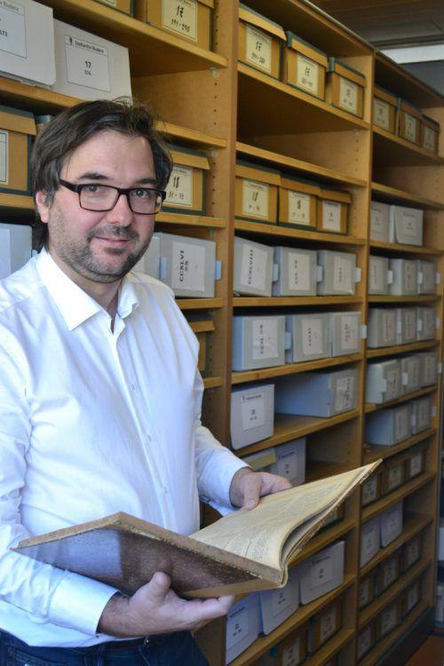Historiker Christof Thöny wird sich ab 1. Jänner der Aufarbeitung der umfassenden Bestände des Bludenzer Stadtarchivs widmen.BI