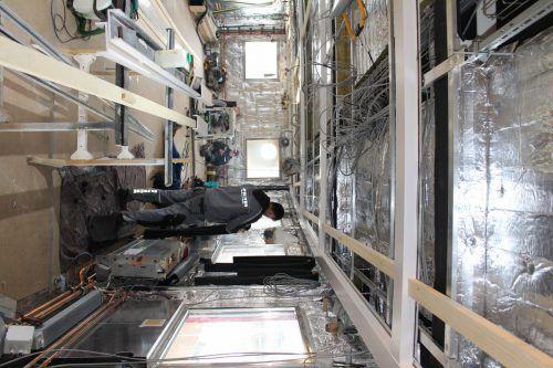 Im Inneren des Museumsschiffs wird weiterhin fleißig gearbeitet.
