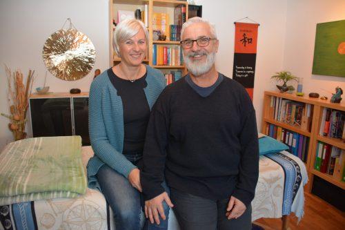 "Ingrid Bröthaler und Konstantin Jordanidis führen die Praxis ""Lebenskraft""."
