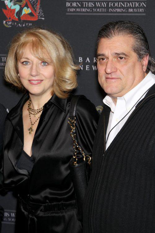 Lady Gagas Vater Joe Germanotta (im Bild mit Ehefrau Cynthia) hat in Restaurants, Immobilien, in ein Marihuana-Unternehmen und eine E-Scooter-Firma investiert. Ap