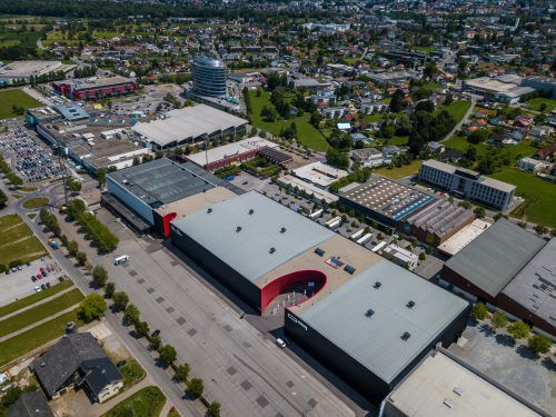 Messepark und Messegelände: Nachbarschaftliche Beziehungen leiden unter der Parkplatzfrage.VN/Hartinger